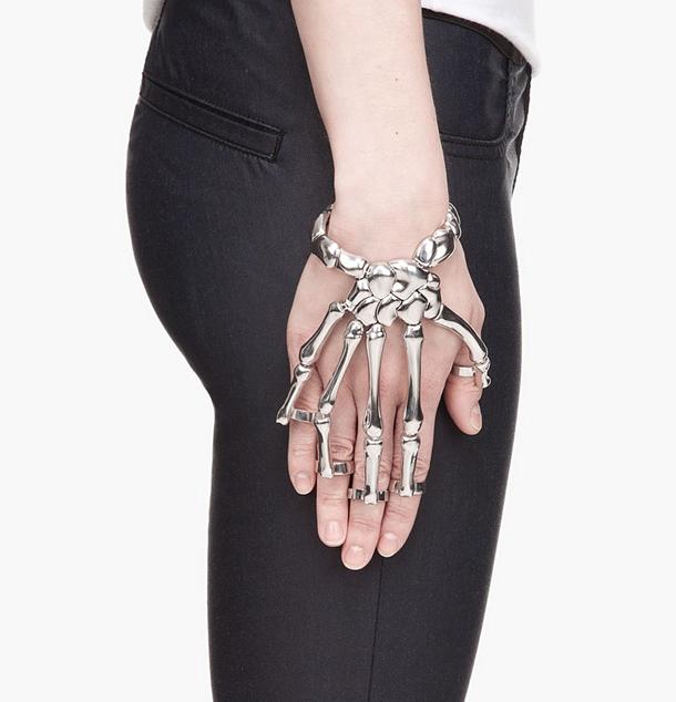 Delfina Delettrez's jewelry  Dark & Mysterious Jewelry 017902a92a0887da5dd160da5533089a