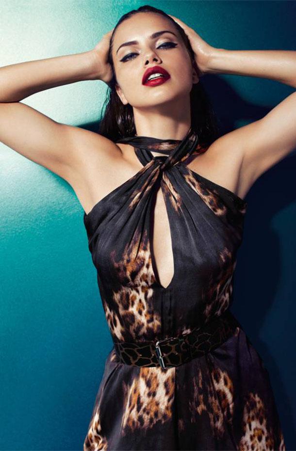 Adriana_Lima_Blumarine_Fw11_010DollsFactory8  TOP 10 MOST SEXY FASHION CAMPAIGN Adriana Lima Blumarine Fw11 010DollsFactory8