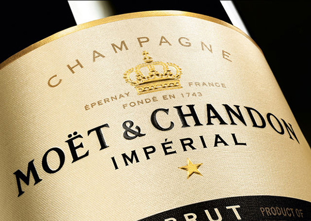 Champagne Moet e Chandon  4 EXPENSIVE PLEASURES  i87GqmqN8iOs