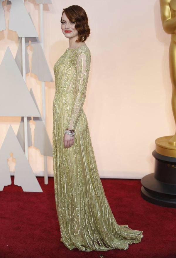 Oscars 2015: Best Dressed Women  Oscars 2015: Best Dressed Women B fa3D3IUAArmXp 1