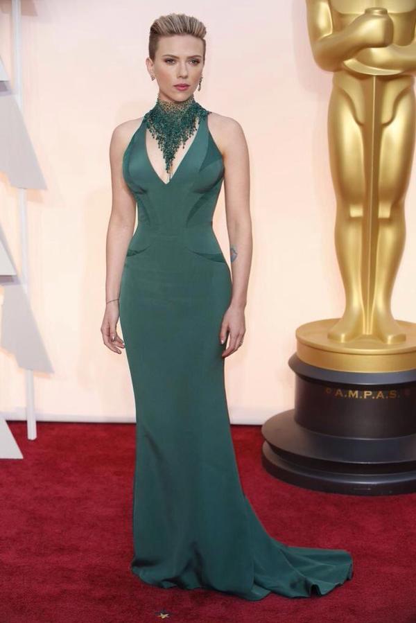 Oscars 2015: Best Dressed Men  Oscars 2015: Best Dressed Women B fas3NCIAAPKFn