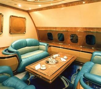 Club-Deluxe-brunei's-private-jet-1
