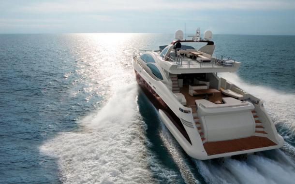 azimut_103_s-Yacht luxury travels: dream trip trough classical surroundings…
